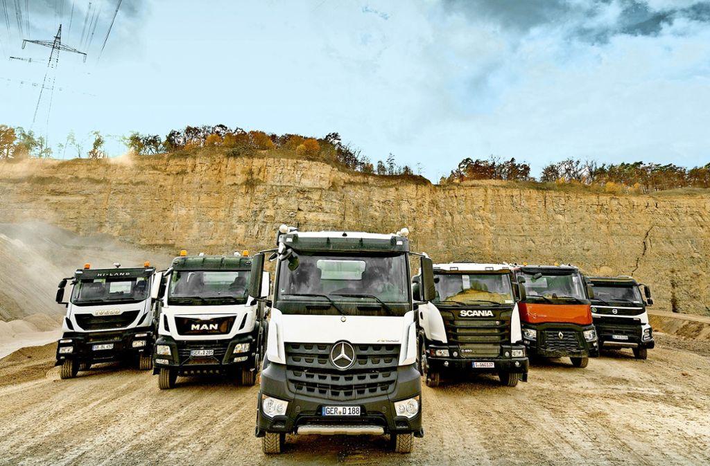 Daimler und andere Lkw-Hersteller haben zwischen 1997 und 2011 ein Kartell zur Preisabsprache gebildet. Foto: Andy Ridder / VISUM