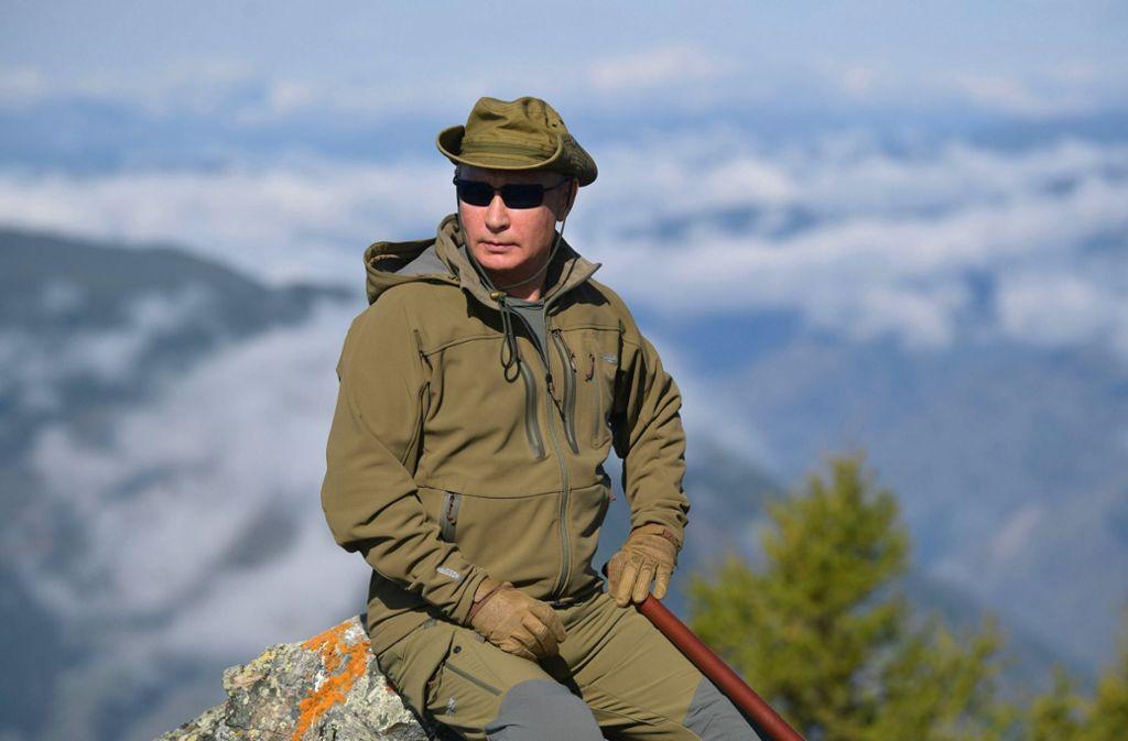Über allen Gipfeln ist Ruh: Wladimir Putin sucht Entspannung in der Taiga. Foto: AP/Alexei Druzhinin
