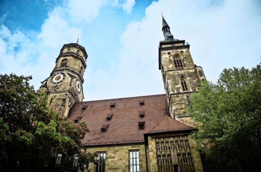Die evangelische Stiftskirche   repräsentiert im Zentrum Stuttgarts einer der beiden  christlichen Großkirchen. Foto: Lichtgut/Leif Piechowski, Petsch