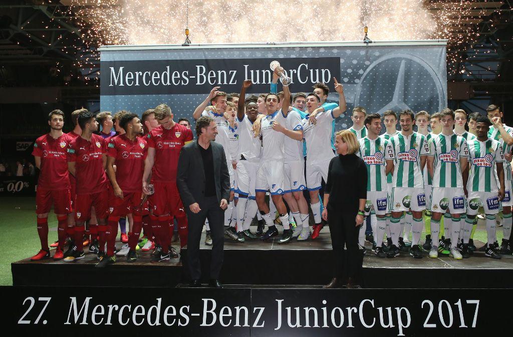 Der Mercedes-Benz Junior-Cup (Symbolbild) gilt als das bestbesetzte Hallenturnier Deutschlands auf A-Junioren-Ebene. Foto: Pressefoto Baumann