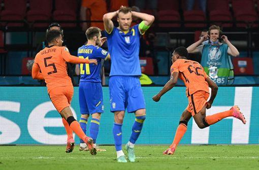 Niederlande gewinnt Spektakel gegen die Ukraine