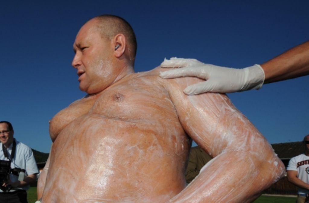 Bruno Dobelmann schwimmt immer und fast überall ohne Neoprenanzug. Foto: dpa/Archiv