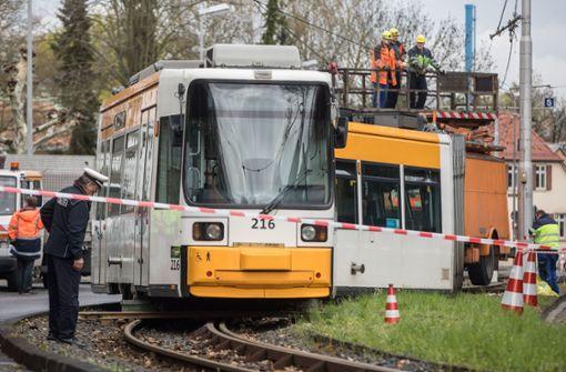 Fast 30 Fahrgäste werden verletzt