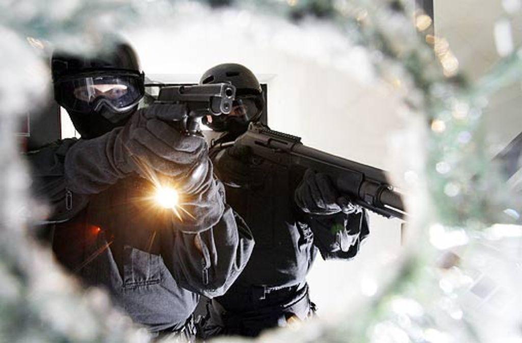 Vieles liegt verborgen: Beim Kampf gegen die organisierte Kriminalität hat die Polizei nicht immer ein klares Ziel vor Augen. Foto: dpa
