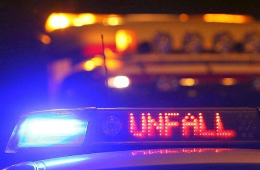 Vier Insassen bei Unfall auf  A8 verletzt