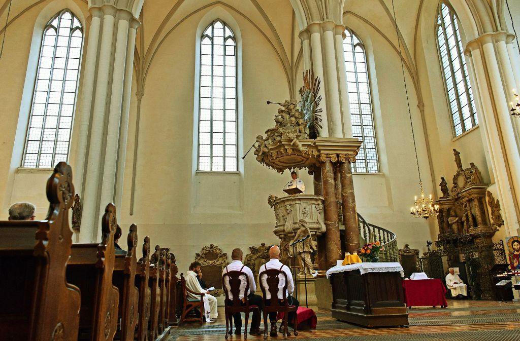 Dieses Bild wird es in evangelischen Kirchen in Württemberg auch weiterhin nicht geben:   Eine gleichgeschlechtliche Trauung in der Marienkirche in Berlin Foto: dpa