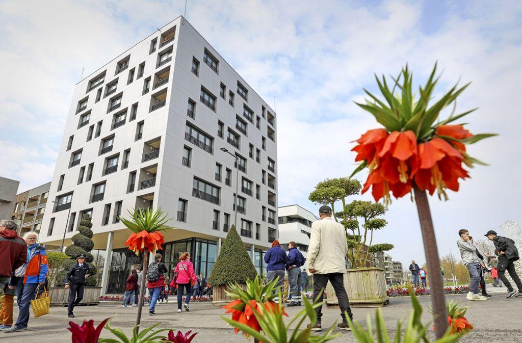 Tausende Besucher kamen zur Buga-Eröffnung nach Heilbronn. Foto: factum/Simon Granville