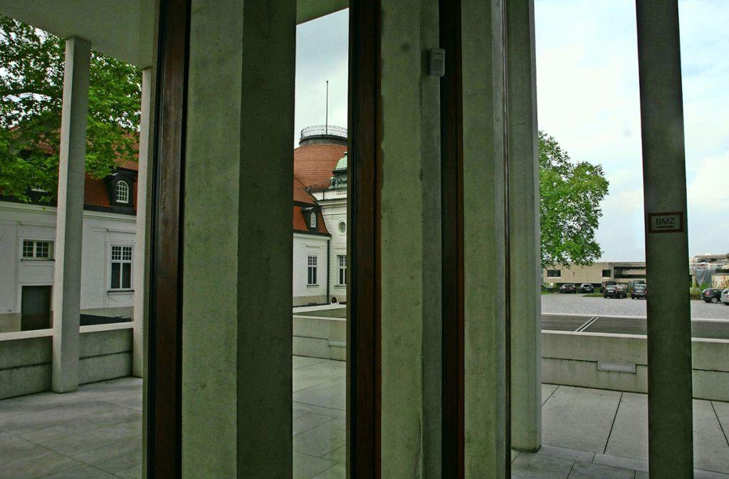 Menschelt es rund um die Museen? Das Deutsche Literaturarchiv auf der Marbacher Schillerhöhe. . Foto: Werner Kuhnle