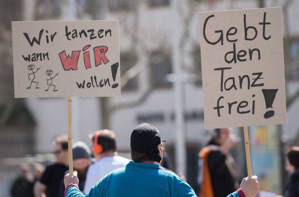 Die Piratenpartei hat 2015 in Stuttgart eine Versammlung gegen das Tanzverbot organisiert. Foto: dpa