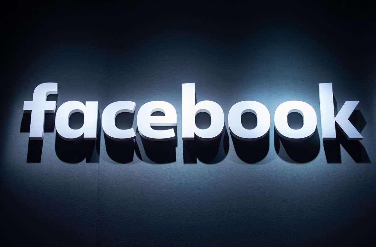 Facebook hat sich offenbar mit der australischen Regierung geeinigt. Foto: dpa/Christophe Gateau