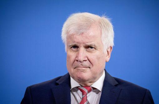 """Seehofer nennt Migration """"Mutter aller Probleme"""""""