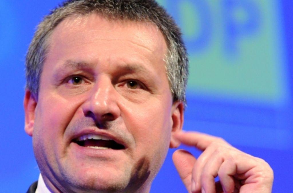FDP-Landtagsfraktionschef Hans-Ulrich Rülke will Kommunen ausdrücklich Spekulationsgeschäfte zur Zinsoptimierung verbieten. Foto: dpa