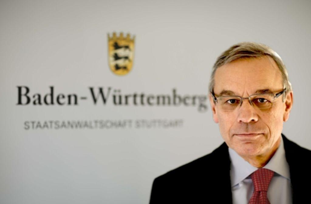 """Chef der """"politischen Abteilung"""": Oberstaatsanwalt Bernhard Häußler Foto: Leif Piechowski"""