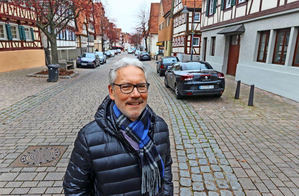 Zwei Millionen Euro für den kommunalen Wohnungsbau: Ottmar Pfitzenmaier in seinem Heimatstadtteil Eltingen. Foto: factum/Granville