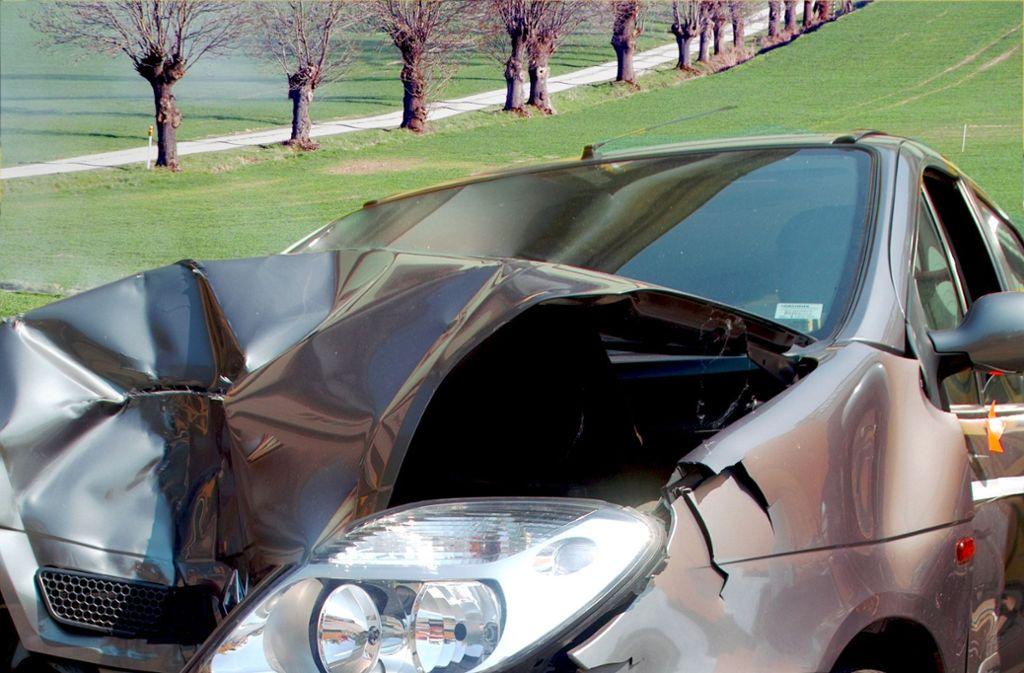 """Die  Kfz-Versicherung  gehört zum Bereich  Schaden  und Unfall, nach Angaben von Konzernchef Junker ist dieses Segment die """"Perle des Konzerns"""". Foto: stock adobe"""