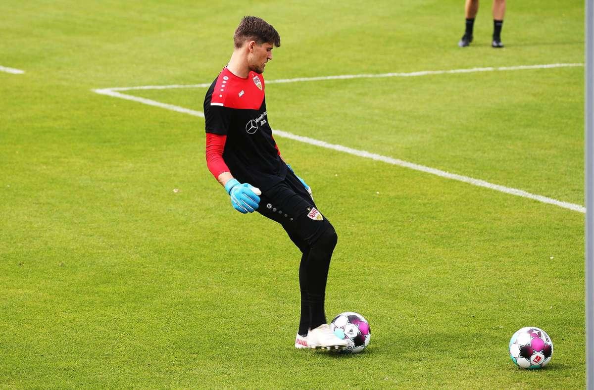 Kann weiter nur eingeschränkt trainieren: VfB-Torhüter Gregor Kobel. In unserer Bildergalerie blicken wir auch die anderen Sorgenkinder. Foto: Baumann