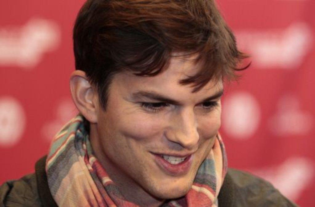 """Platz 1 auf der Forbes-Liste: Ashton Kutcher (36, """"Two and a Half Men""""), 26 Millionen Dollar (etwa 20 Millionen Euro) Foto: dpa"""