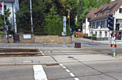 """Bürger hält Überweg für """"Fußgängerfalle"""""""