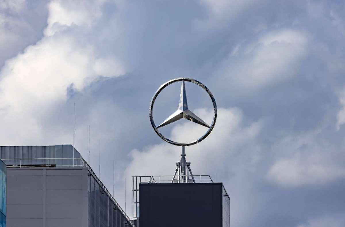 Daimler kann trotz der Krise auf hervorragende Zahlen blicken. Foto: imago images//Arnulf Hettrich