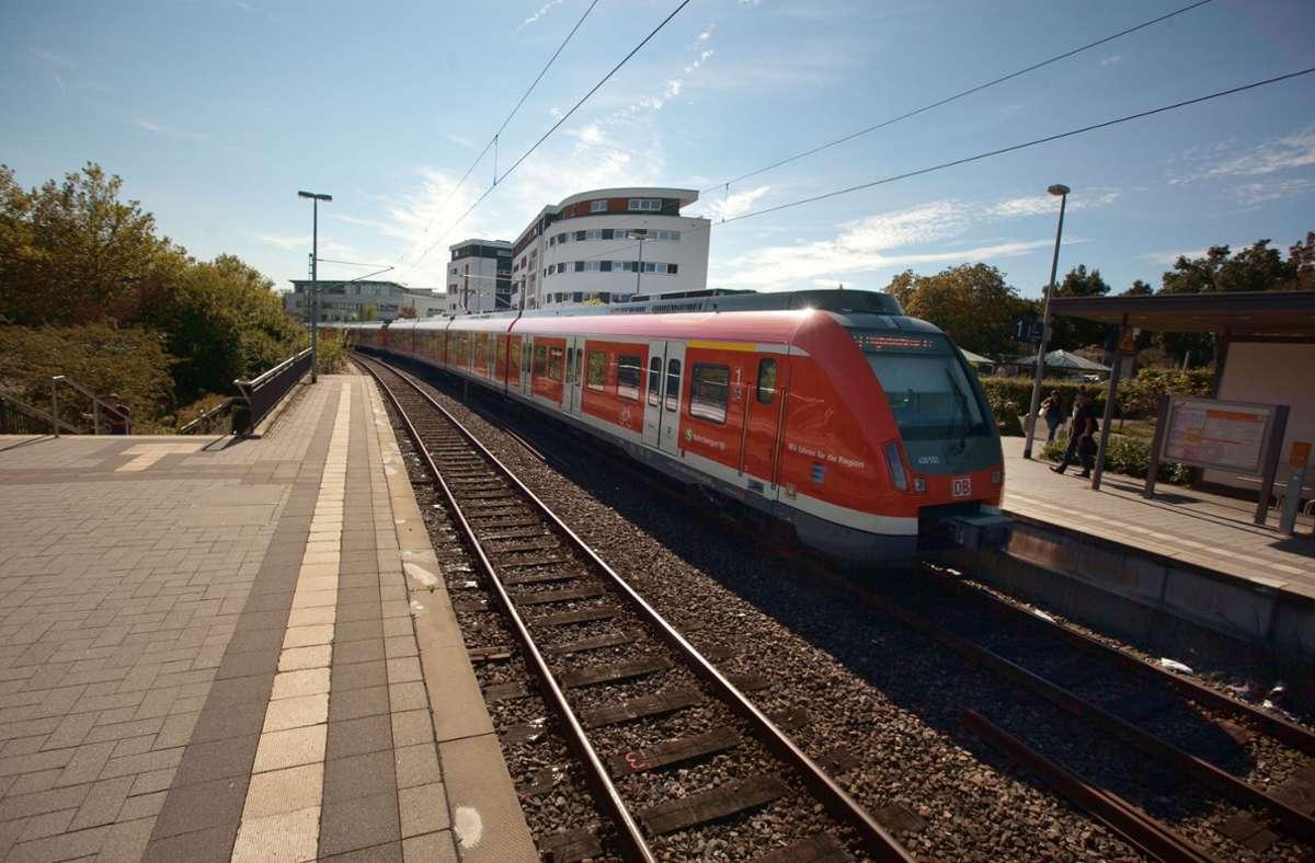 S-Bahnen verursachen  nicht nur Lärm, sondern lösen auch Erschütterungen aus. Foto: