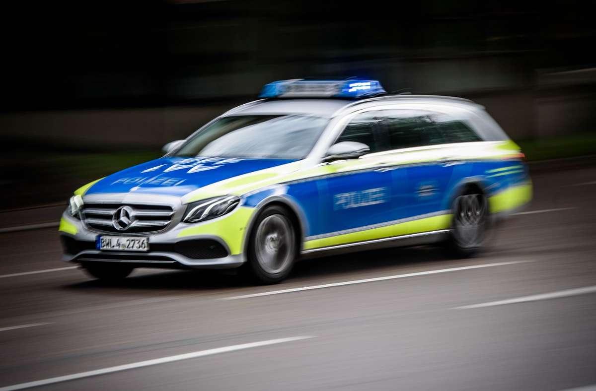Die Polizei ermittelt nach einem Überfall im Rems-Murr-Kreis. Foto: Phillip Weingand / STZN