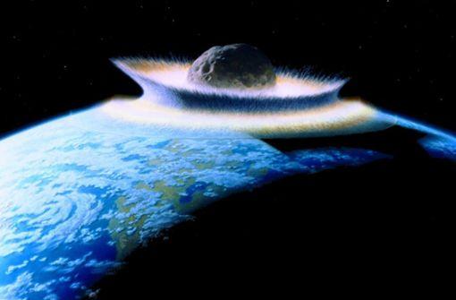 Asteroid war alleine am Tod der Dinos schuld