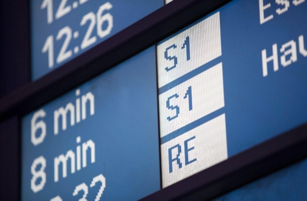 Die S-Bahnen sind auch 2014 viel zu oft dem Fahrplan hinterher gefahren. Foto: Michael Steinert