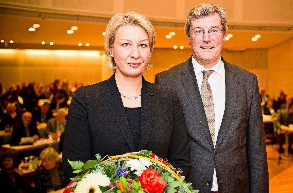 Sie verkörpern den Streit an der Spitze: Regionaldirektorin Nicola Schelling und Regionalpräsident Thomas Bopp Foto: Max Kovalenko