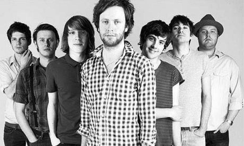 Ganz schön große Truppe: Die Band Young Rebel Set aus Nordengland besteht aus nicht weniger als sieben Mitgliedern.  Foto: Veranstalter