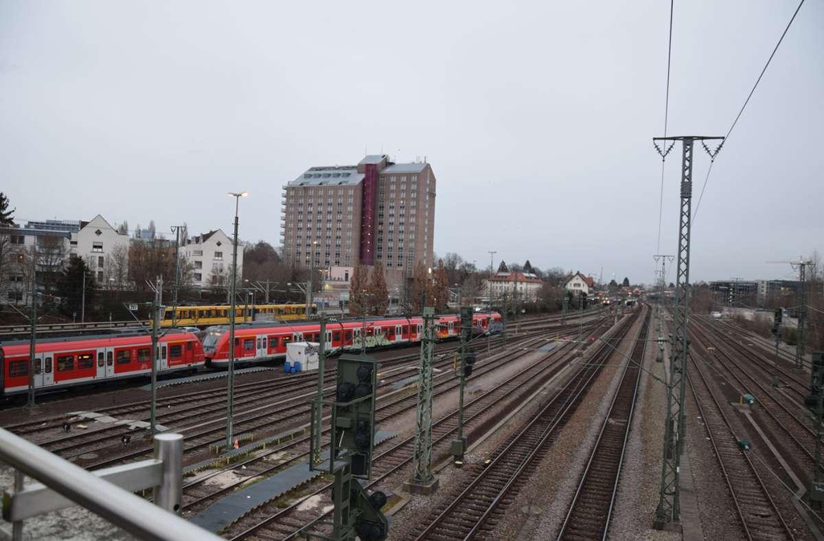 Am Bahnhof Vaihingen sollen auch Regional- und Fernzüge halten.Foto: Alexandra Kratz Foto:
