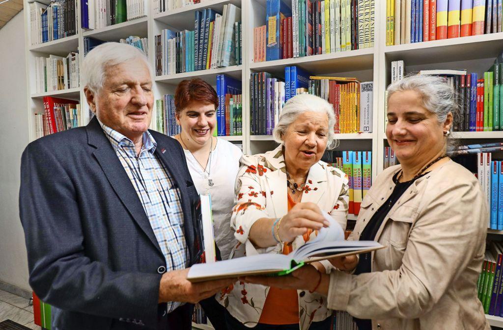 Eine erfolgreiche Verlegerfamilie: Joachim, Julia, Monika und Simone Graff haben viele Ideen und behaupten sich erfolgreich auf dem Markt. Foto: factum/Simon Granville