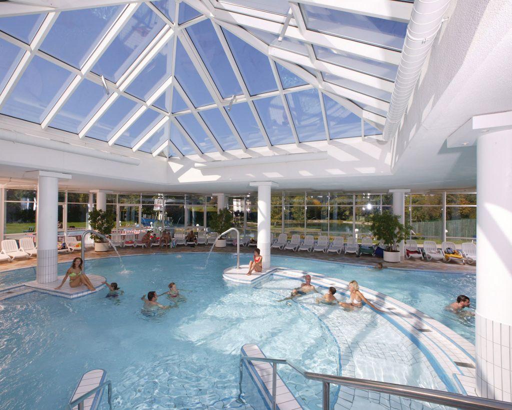 Zum Abschluss bietet das Alpspitz-Bade-Center ein Erlebnisbad und eine entspannende Saunalandschaft. Foto: Nesselwang Marketing GmbH