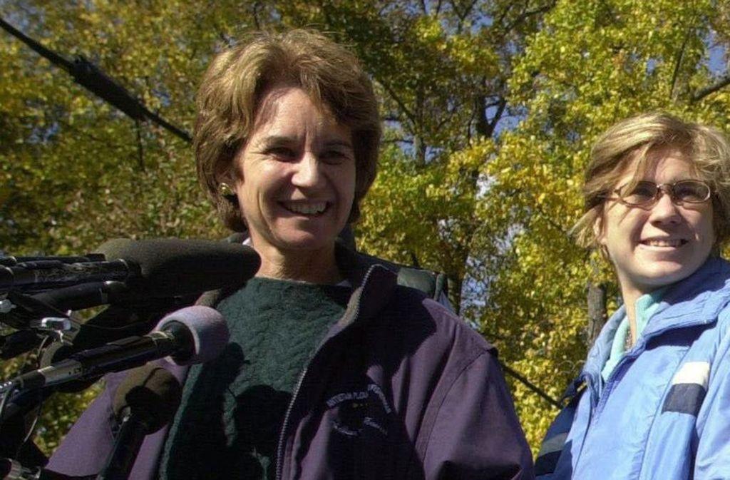 Nun herrscht traurige Gewissheit: Nicht nur Maeve Kennedy (rechts, neben ihrer Mutter Kathleen Kennedy) ist tot, auch ihr Sohn wurde nun tot gefunden. (Archivbild) Foto: dpa/The Washington Times