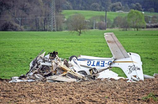 Spurensuche nach tödlichem Flugzeug-Crash