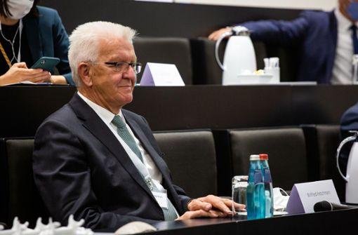 Ministerpräsident Kretschmann ist in   Gedanken weiter bei Verletzten