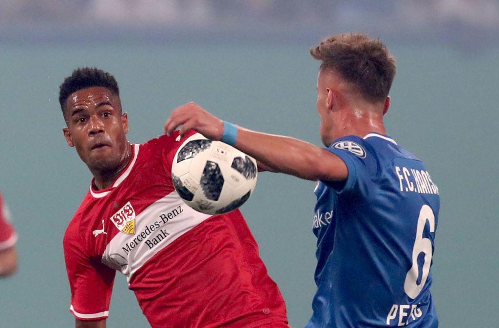 Daniel Didavi kam bei den Fans des VfB Stuttgart nach dem 0:2 beim FC Hansa Rostock im DFB-Pokal nicht gut weg. Foto: dpa
