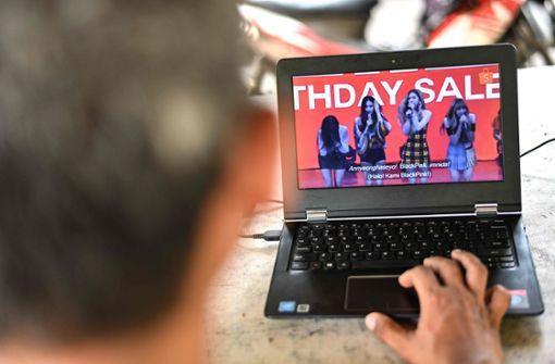 Indonesien verbietet Clip einer Mädchenband wegen zu kurzer Röcke