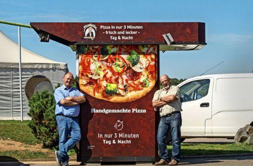 Hier kommt die Pizza heiß aus dem Automaten