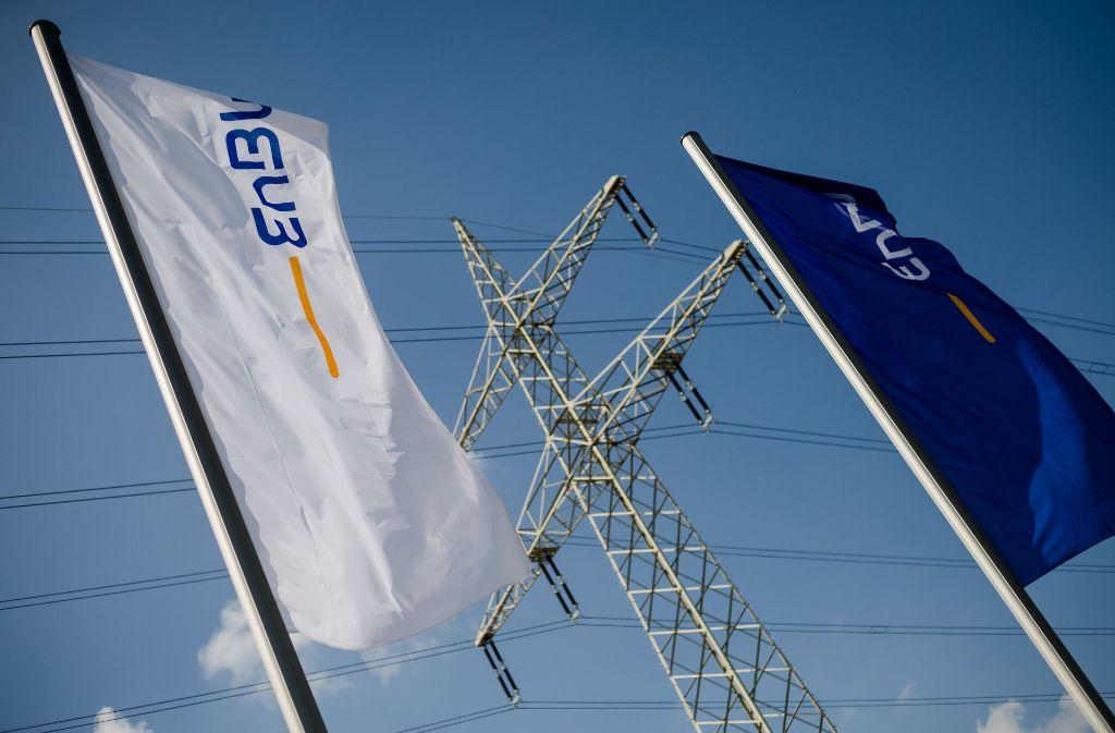 Der Energiekonzern EnBW soll von einem Angestellten um Millionen Euro betrogen worden sein. Foto: dpa
