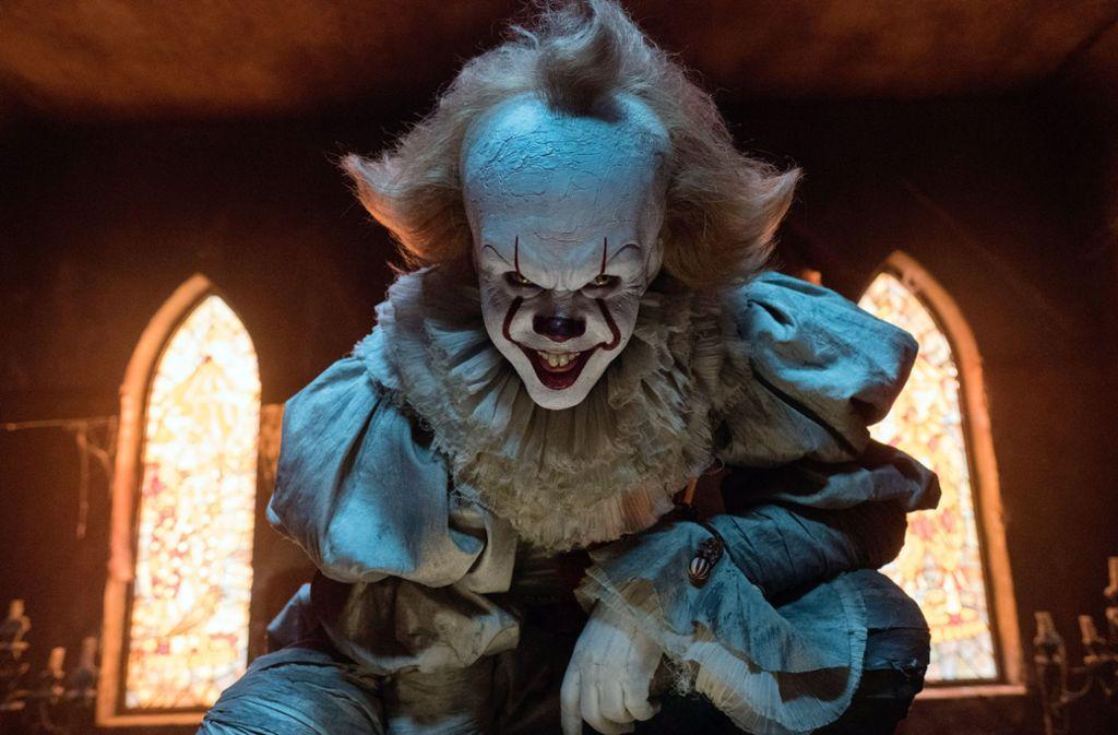 Der Gruselclown aus Stephen Kings Es ist zweifellos ein angemessener Begleiter für einen Filmabend am Freitag, dem 13. Foto: Warner Bros