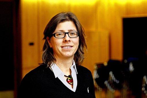 Nadja Schott lässt die  Studenten immer wieder aufstehen. Foto: Uni