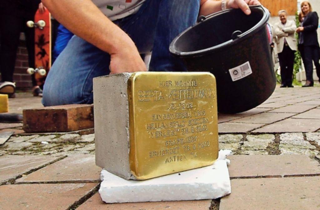 Der zweite Stolperstein in Böblingen wird vor der Stadtbücherei verlegt. Foto: factum