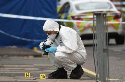 Ein Toter und sieben Verletzte nach Messerstichen