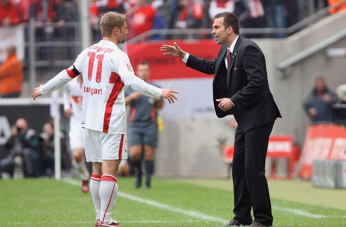 Einst gemeinsam in Diensten des VfB: Spieler Hitzlsperger, Trainer Babbel (v.li.). Foto: Baumann