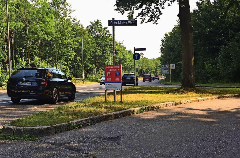 Die neue Haltestelle könnte auf der Verkehrsinsel gebaut werden, Foto: