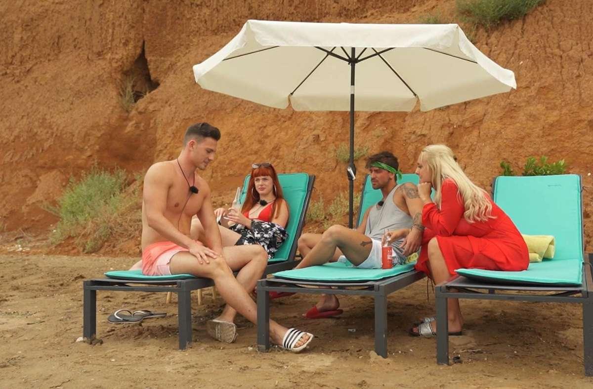Max (links) trifft auf seine Ex Michelle (rechts). Foto: TVNOW/TVNOW