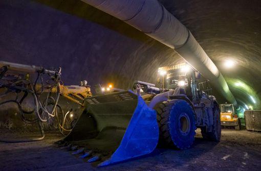 Bahn kommt bei Tunnelbau  nur langsam voran