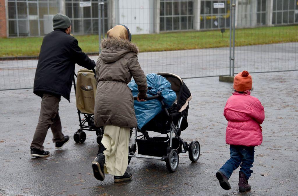 Die CSU hat sich in puncto Familiennachzug von Flüchtlingen wieder klar positioniert. Foto: dpa
