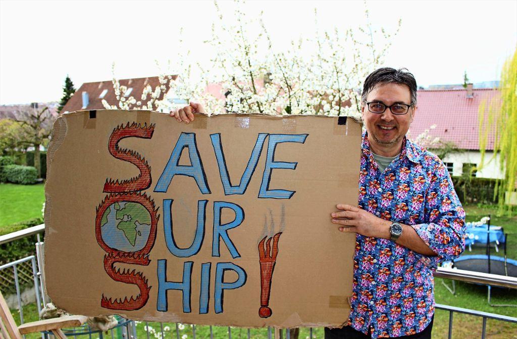 Gerhard D. Wulf hat sich von seiner Tochter inspirieren lassen, für eine nachhaltigere Klimapolitik zu demonstrieren. Foto: Caroline Holowiecki