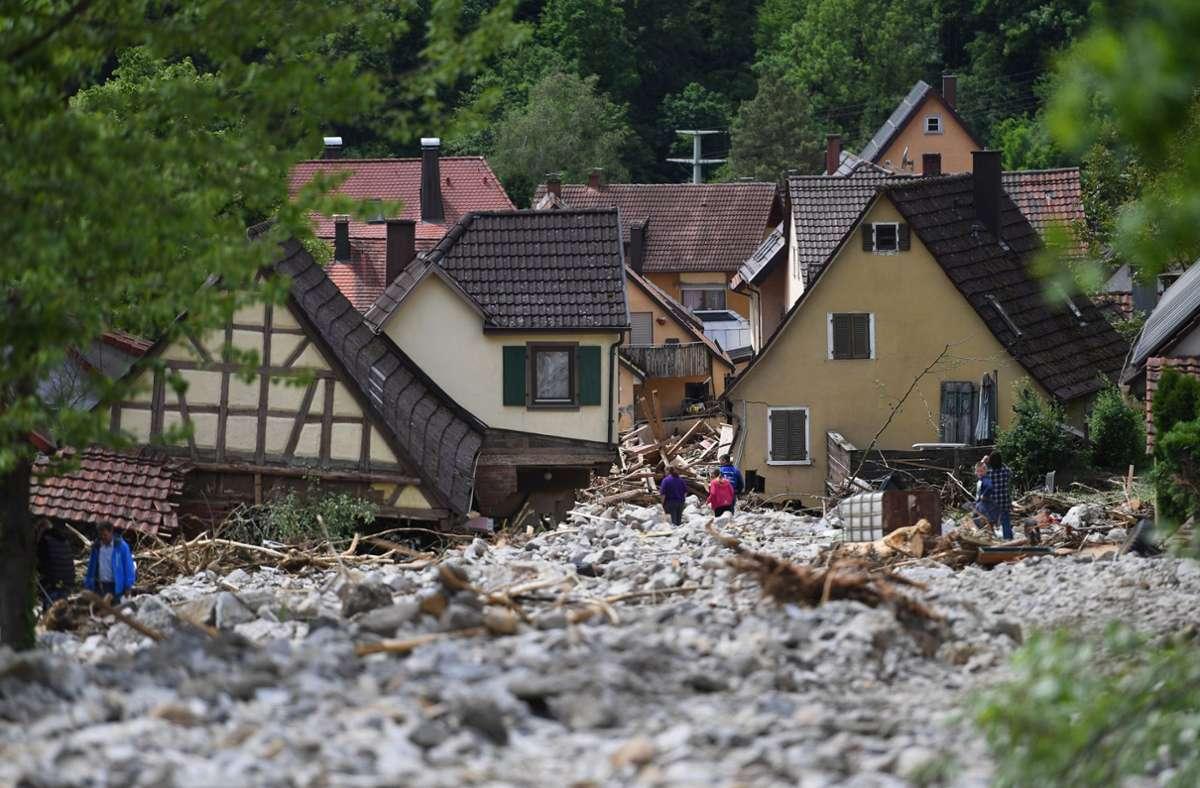 In Braunsbach  war 2016 der Orlacher Bach zu einer reißenden Sturzflut geworden. Dadurch entstanden massive Schäden. Foto: dpa/Marijan Murat